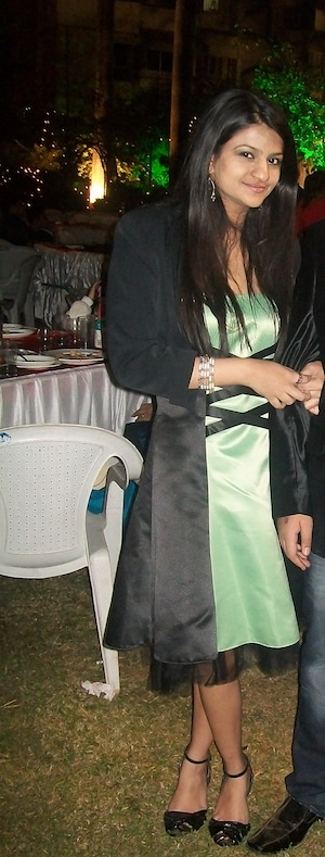 Roshni Chaudhari turned up the glam with mint green while bringing in 2012