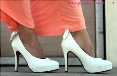 Matt white leather pumps with a pretty bow at the back - From my own collection
