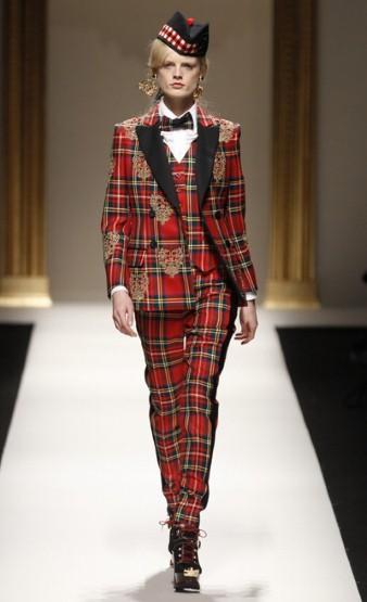 Moschino @ Milan Fashion Week